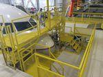 dock aeronáutico para el morro del aparato / para avión