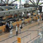 mostrador de facturación / de embarque / de venta / para aeropuerto