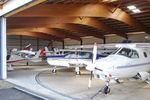 hangar para avión / para aeropuerto