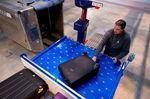 table élévatrice à colonnes / pour aéroport