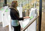 porte d'embarquement automatique avec lecteur de carte / pour aéroport