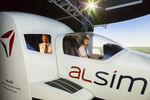 cabine de simulation d'avion / d'entraînement / en cockpit