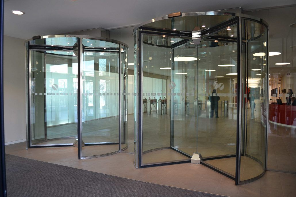 Automatic Revolving Door For Airports Glass Roll Saima