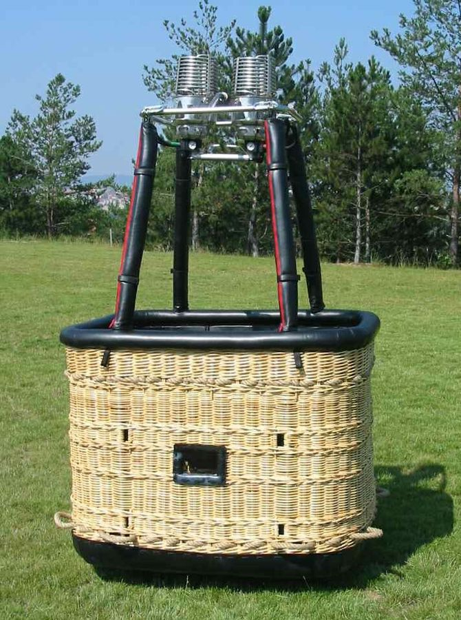 Non Partitioned Hot Air Balloon Basket Rectangular Without Seats