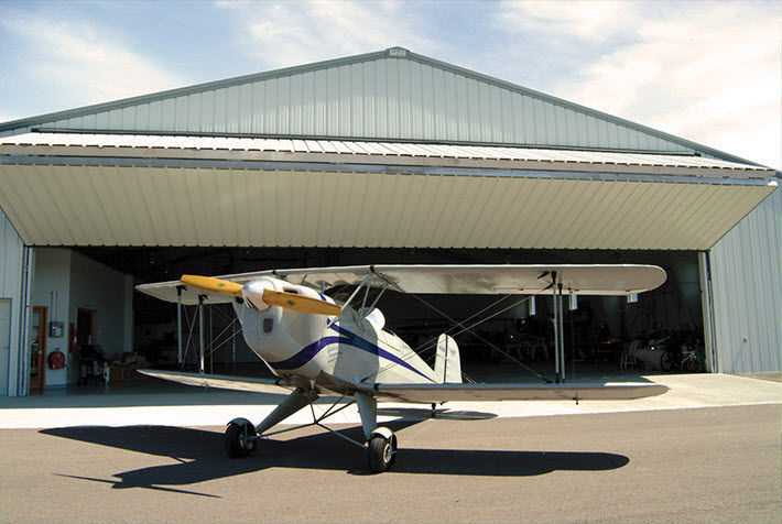 folding hangar door / automatic & Folding hangar door / automatic - Schweiss Doors