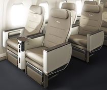 Aircraft seat / business class / with integrated screen / with armrests