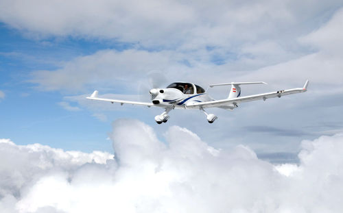 4-seater private plane - DIAMOND AIRCRAFT INDUSTRIES GMBH
