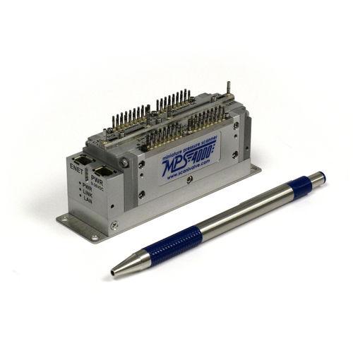 gas analyzer / for aeronautics