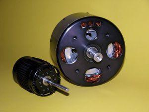 Drone electric motor / 5 kW   10 kW / 0 - 25kg - 4400 Series - NEUMOTORS