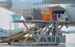 scissor high loader / for cargo / freight / for airports