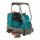 airport scrubber-dryer / ride-on / battery-powered