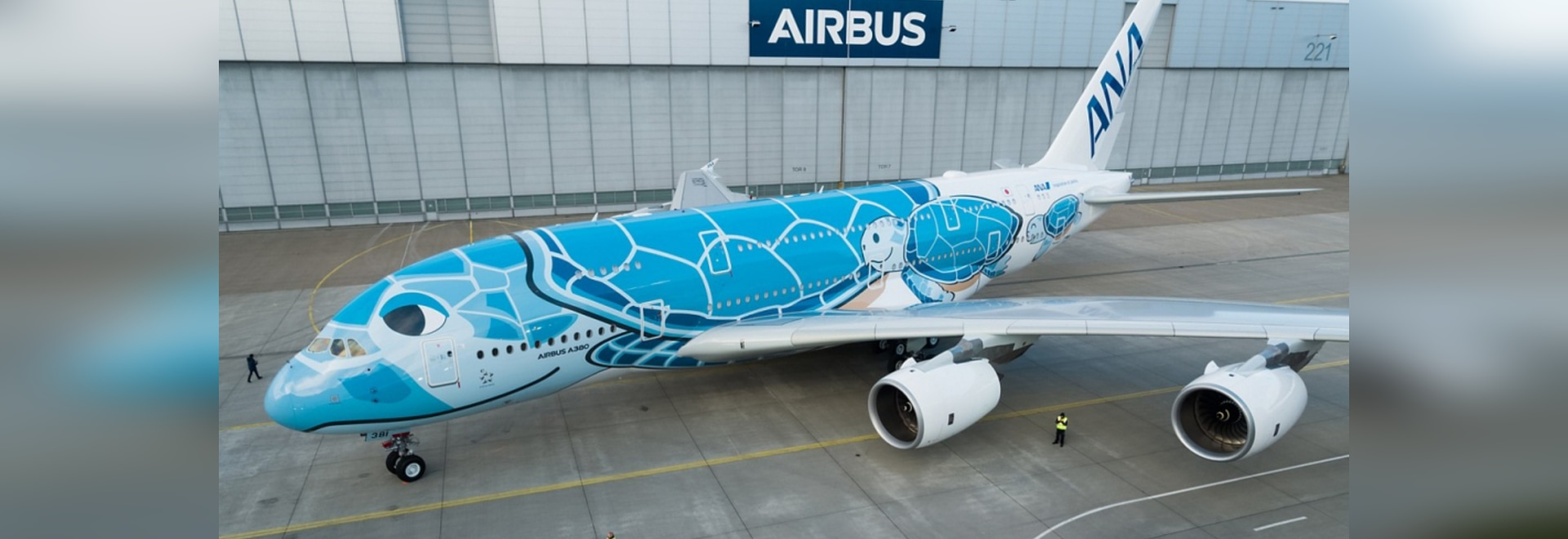 ANA unveils Japan's first Hawaiian themed A380