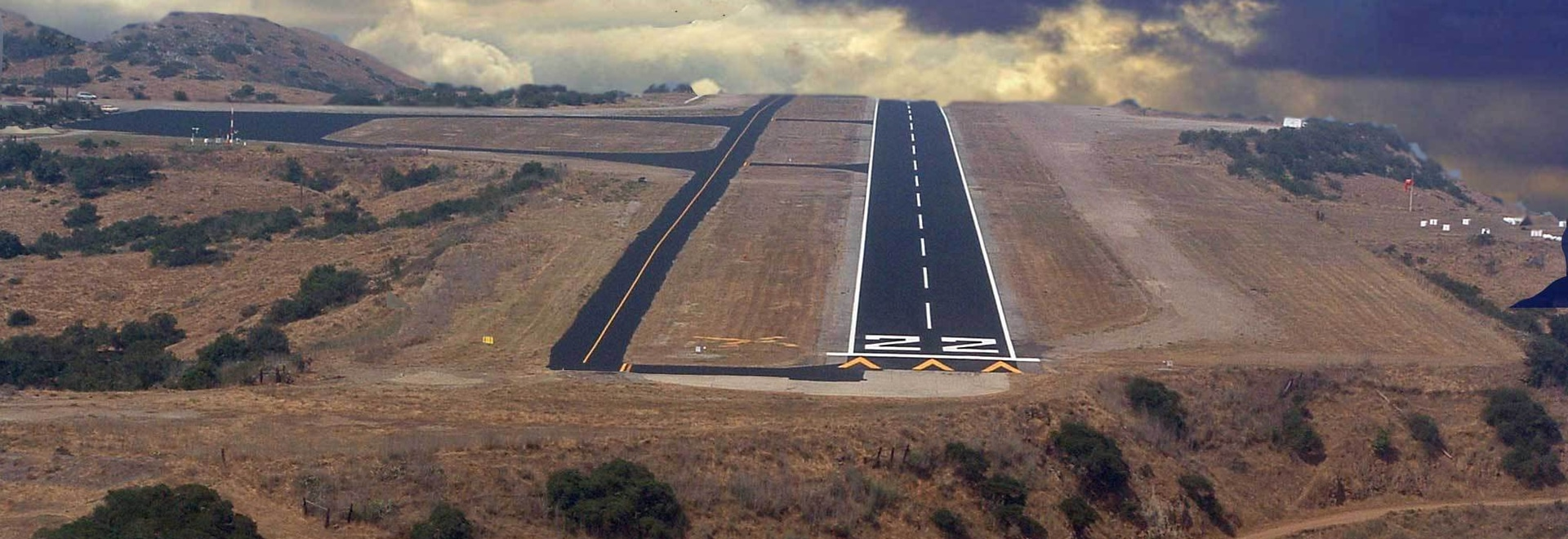 The U.S. Marines and Navy will replace the aging 3,000 foot asphalt runway at Catalina Island's Airport in the Sky with a concrete strip, as part of a training exercise. Aimed at giving the troops ...