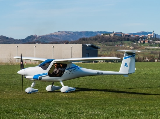 Alpha Electro, the new 2-seat electric trainer: the greenest way of learning to fly!
