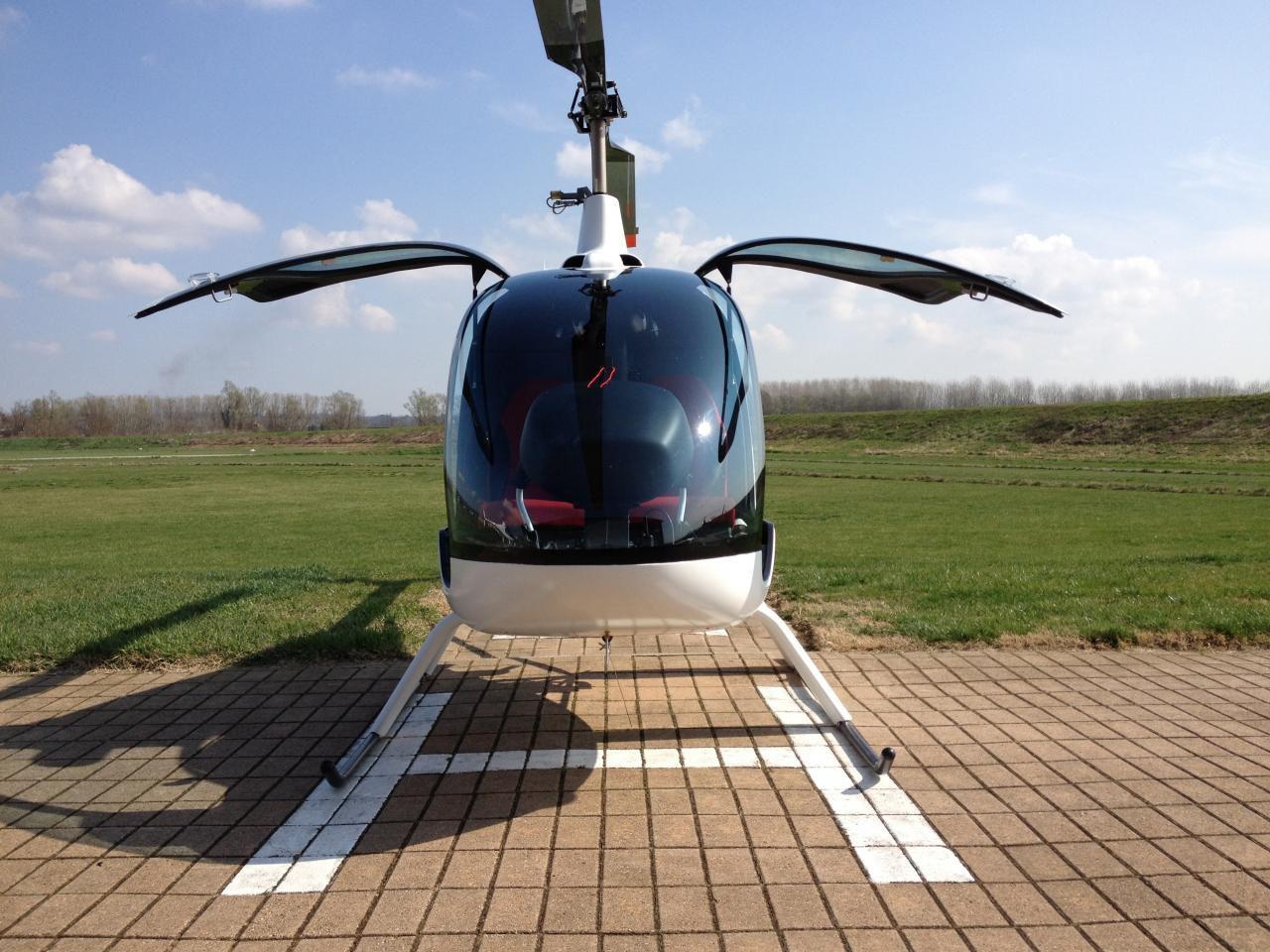 Elicottero Ch : Elicottero ultraleggero multifunzione a due posti con motore a