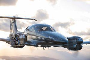 Privatflugzeug / 7 Plätze / zweimotorig / Turboprop