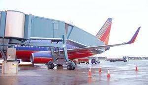 pasarela de embarque para pasajeros / amovible / por encima de las alas