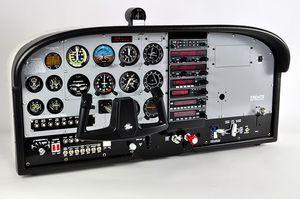 simulador de vuelo / de prácticas / de recreo / en cabina