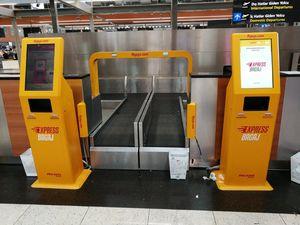 sistema de autofacturación de equipaje auto servicio / con sistema de pago con tarjeta / con lector de pasaportes / con lector de códigos de barras