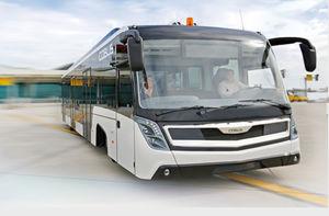 bus pour aéroport / 110 Pers. / climatisé / 14 places