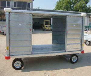 chariot à bagages pour le ground support / à 4 roues