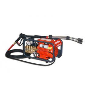 nettoyeur à conducteur marchant / pour nettoyage de surface / haute pression à eau froide / au jet d'eau