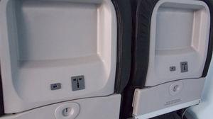 station de recharge pour avion / encastrable / USB / pour téléphone portable