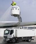 plateforme élévatrice de travail / articulée / pour aéroport