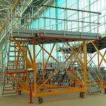 plateforme d'accés pour avion / pour la queue de l'appareil / pour les ailes / mobile