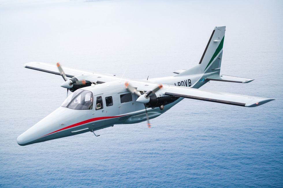 11-seater private plane / turboprop / twin-engine - A-Viator