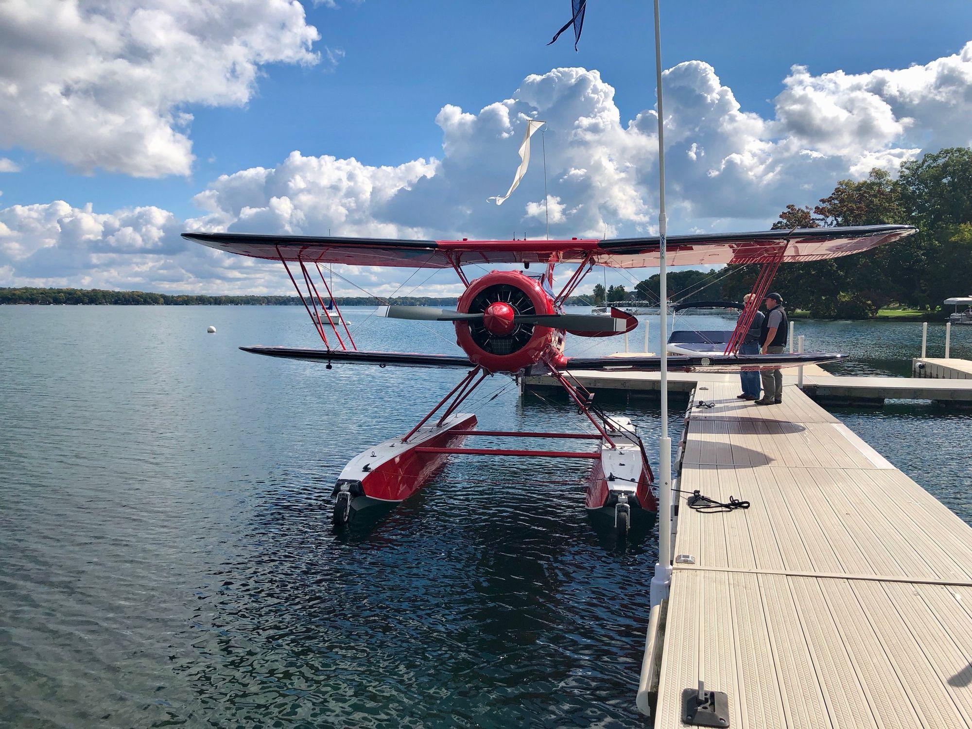 Floatplane / passenger / piston engine / 0 - 10 Pers  - WACO YMF-5F