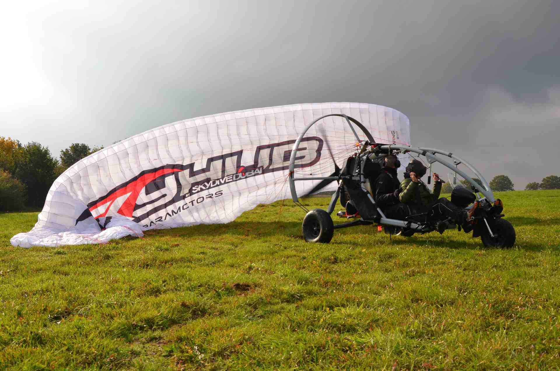 Two-seater ultralight trike cart / with engine - XCitor