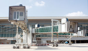 passenger boarding bridge / removable / for A380