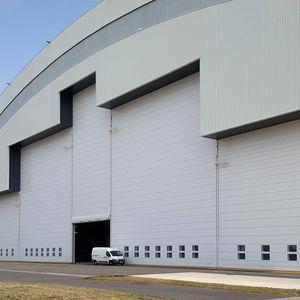 folding hangar doors