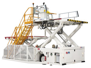 scissor high loader / freight / hydraulic / for airports