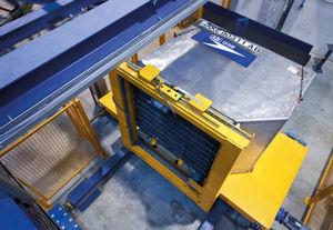 articulated loading platform