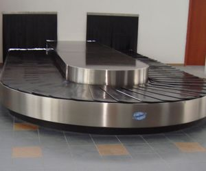 scale baggage carousel