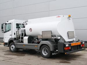 airport refueling vehicle