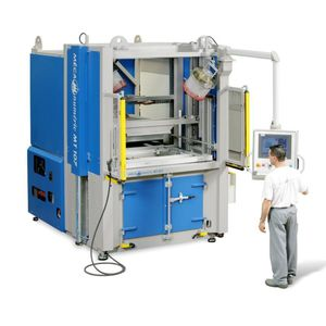 hydraulic press / forming / for aeronautics / CNC