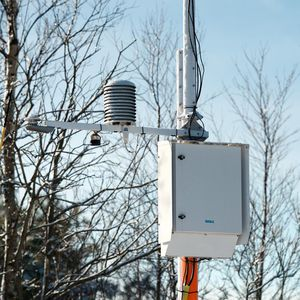 airport weather station / embedded