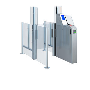 speedgate with biometric reader