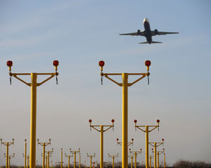 lighting mast / for airports