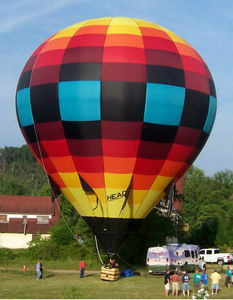 passenger hot-air balloon / 0 - 5 Pers. / with burner / with basket