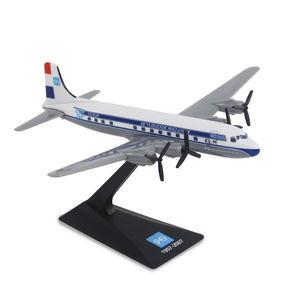 1/250 airplane model