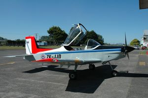2-person sport aircraft / single-engine / piston engine / instructional