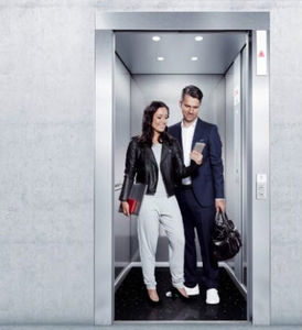electric elevator / for airports / 500 - 1000kg / 0 - 500kg