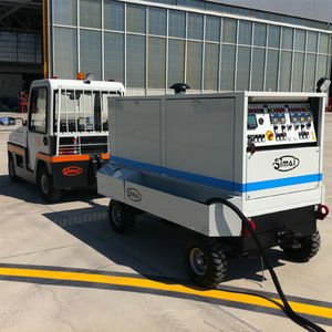 mobile ground power unit / for aircraft / runway
