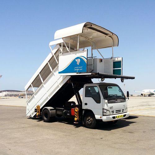 Stinar SPS-3518 Passenger Stair Truck, 96-228 - AERO