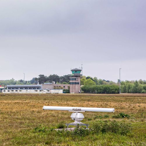 radar bird detection system / fixed / for airports