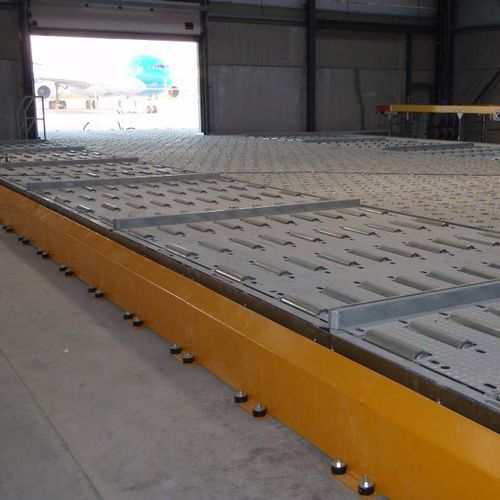 protective barrier / for material handling equipment